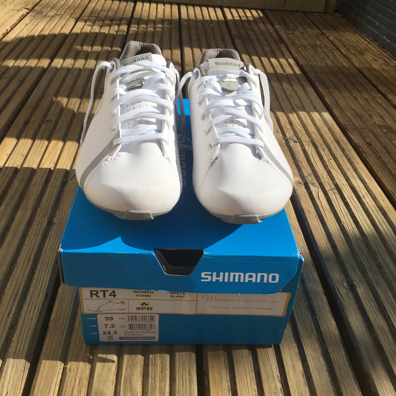 Shimano RT4 Women/'s Bicycle Shoes Size 39 NEW