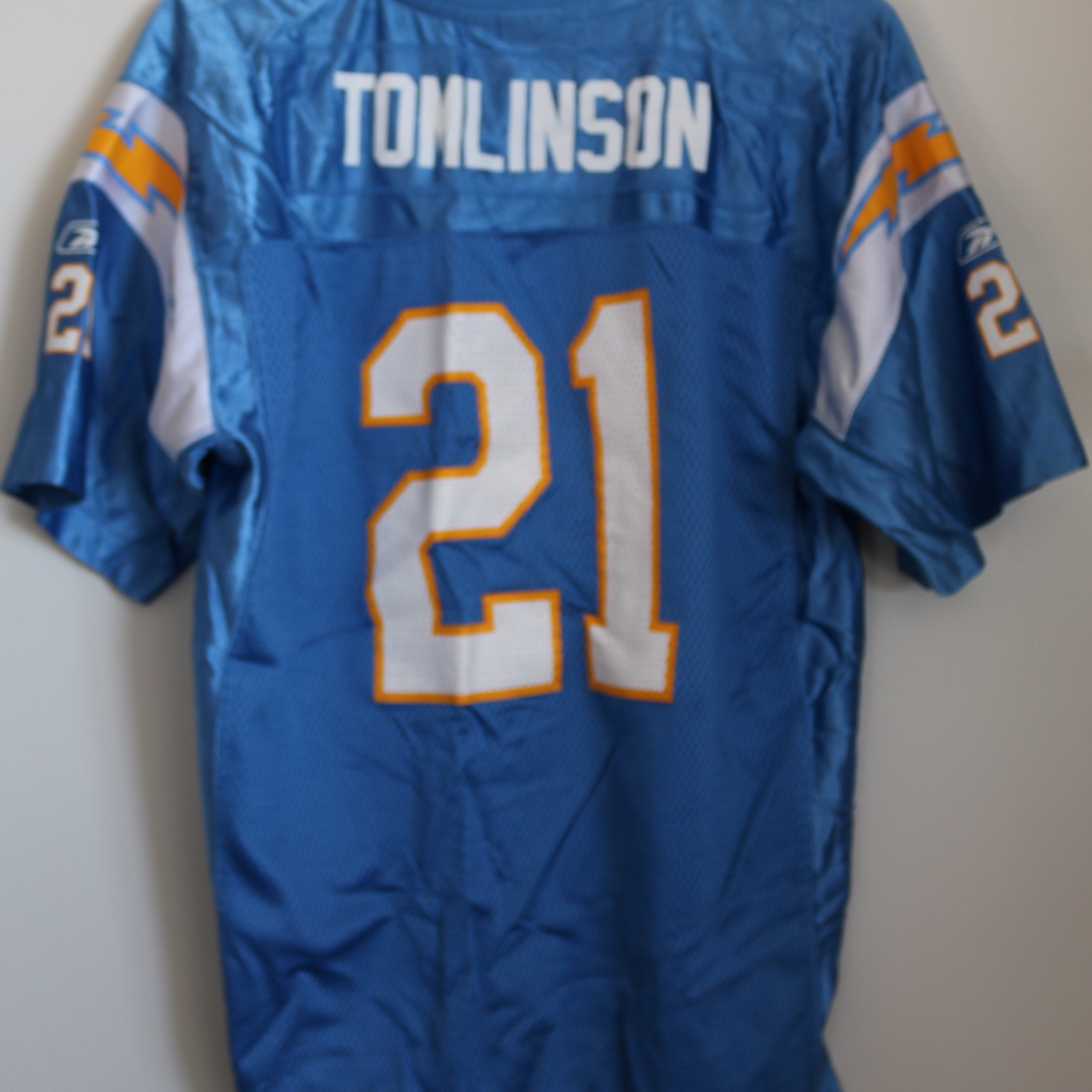 wholesale dealer 3bc02 8482c San Diego Chargers Hall of Famer Ladainian Tomlinson ...