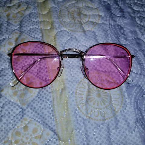 f9a500a3c3 Pink Tinted Round Sunglasses -Urban Outfitters Bought at UO - Depop