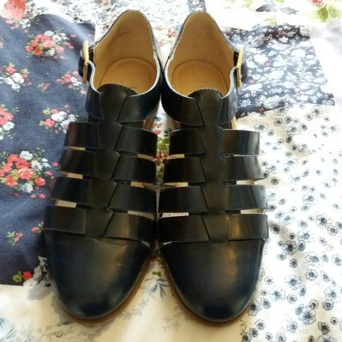 344f5575e CLARKS size 5 Navy Sandals. Only been worn a handful of and - Depop
