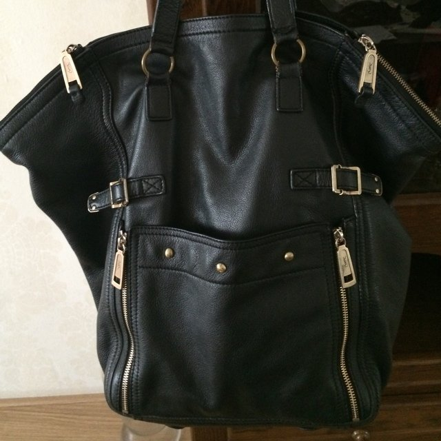b4a09341a1 Got this large Yves Saint Laurent sac Tote bag at a YSL for - Depop