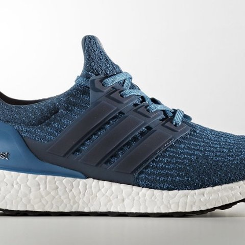 56826bf32 Ultra Boost 3.0 Blue Petrol Size 12 Excellent pre owned no - Depop