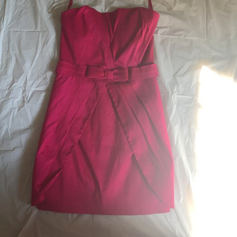 e34770e7846 Cache size 8 cocktail dress. Deep vibrant pink. - Depop