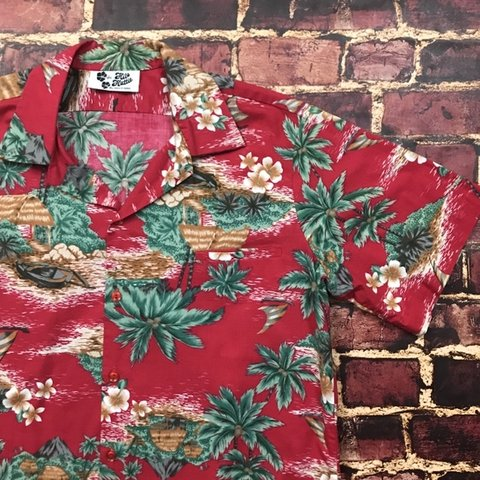 1d885c67 @geezygotdeals. last month. Valley Center, United States. Vintage Hilo  Hattie Hawaiian Shirt Red Floral Aloha Camp Tee Tropical 80s 90s Button Down  ...