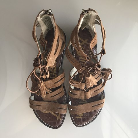 7cf2cf503b0d1 Sam Edelman tassel sandals. They re lace-up but they zip up - Depop