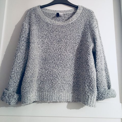 675eedb80a0 H M woolly jumper. Light grey. Perfect for winter size Can - Depop