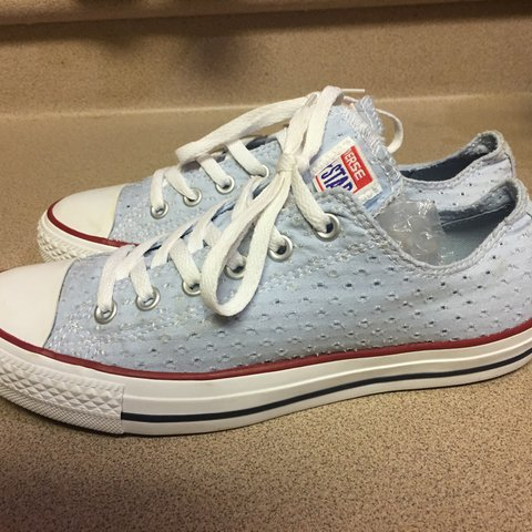 b8ed34162fdb EUC Converse Chuck Taylor All Star Ox Fountain Blue Women s - Depop