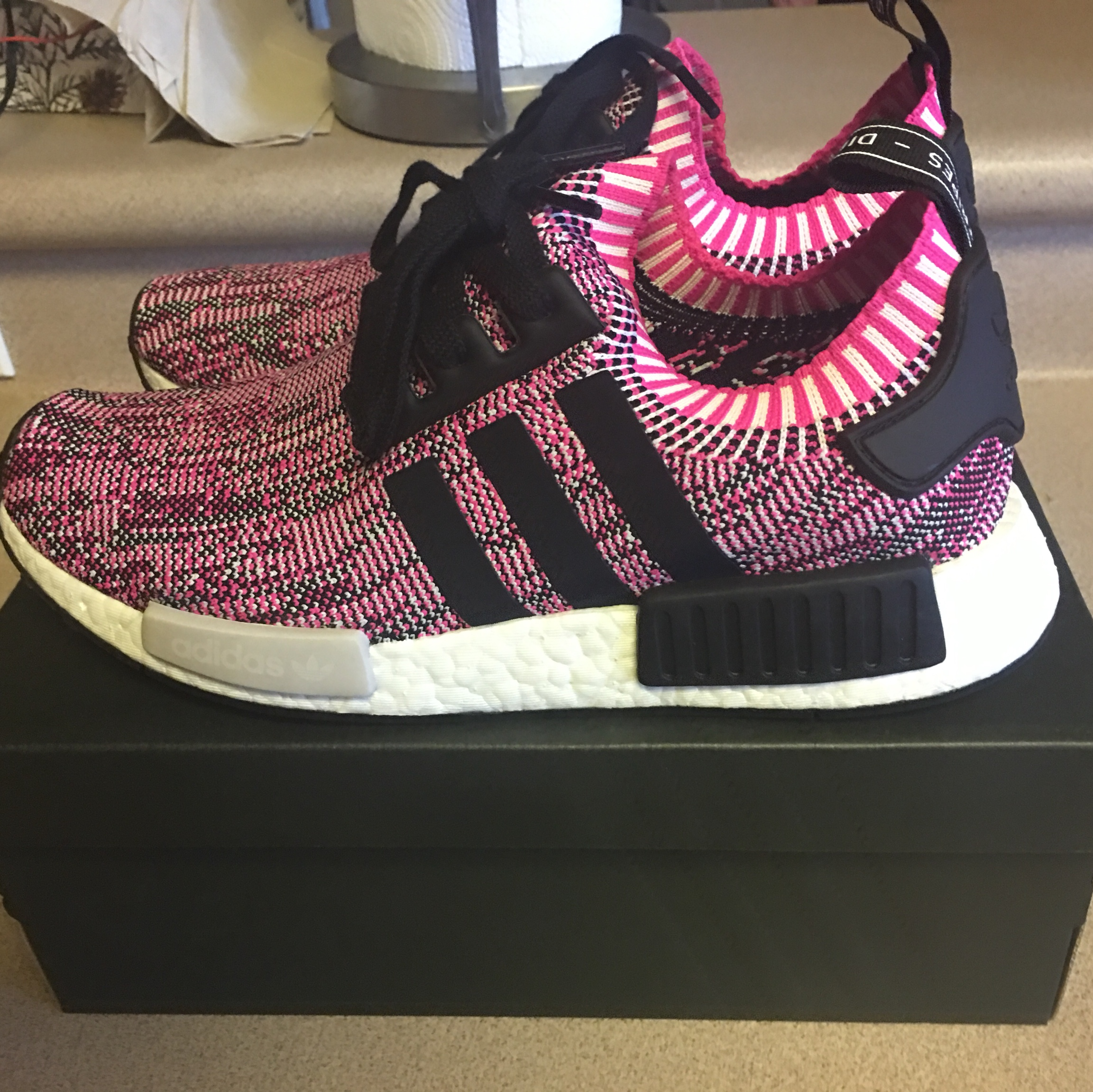 Brand New Adidas NMD R1 W PK BB2363 PINK Women's 9.5