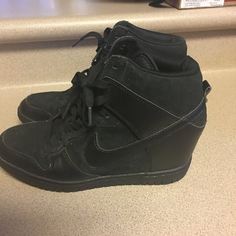 9548ca04a90 PreOwned Nike Dunk Sky Hi Shoes Black 528899-004 Hi Top 8 - Depop