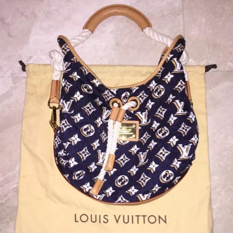 37dfdc46d1831b Louis Vuitton Limited Edition Navy Blue Nylon Bulles MM Tote - Depop
