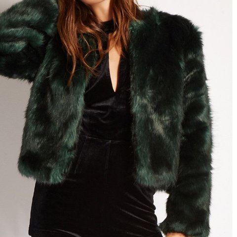 2d88ada9ea30 Forest green faux fur coat Worn once Can fit S/M $30 to - Depop
