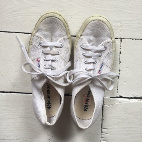 White superga ! Size 37 1 2 ( so UK size 4.5) 8bba2b43b