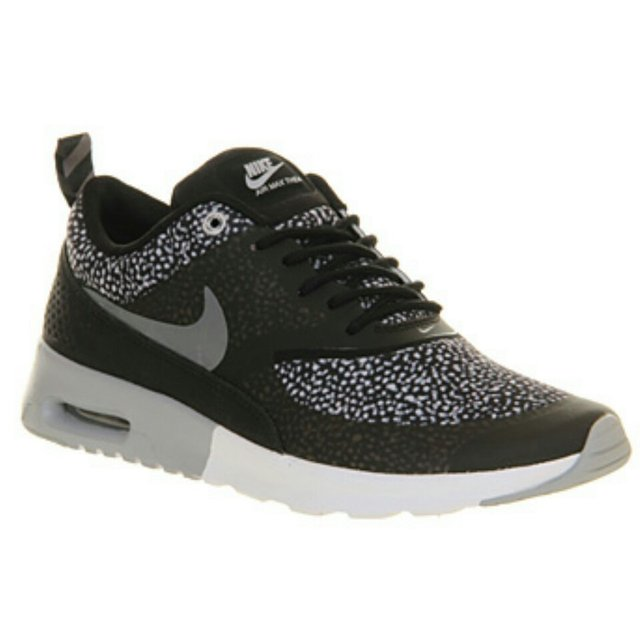 8c1ed06680 @amylane95. 5 years ago. Basildon, United Kingdom. Nike Air Max Thea Wolf  Grey - worn twice Size 4.5 UK RRP ...