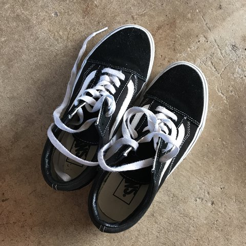 ccb5a59a240c49 Vans old skool size US women s 5.5 Very comfortable