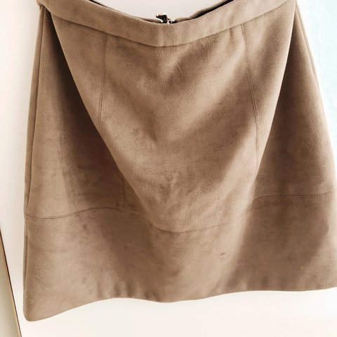 10ec5b6b2a @annieleach. 2 years ago. Nottingham, UK. River Island suede brown skirt,  never worn. Size 6, will fit size 8 ...
