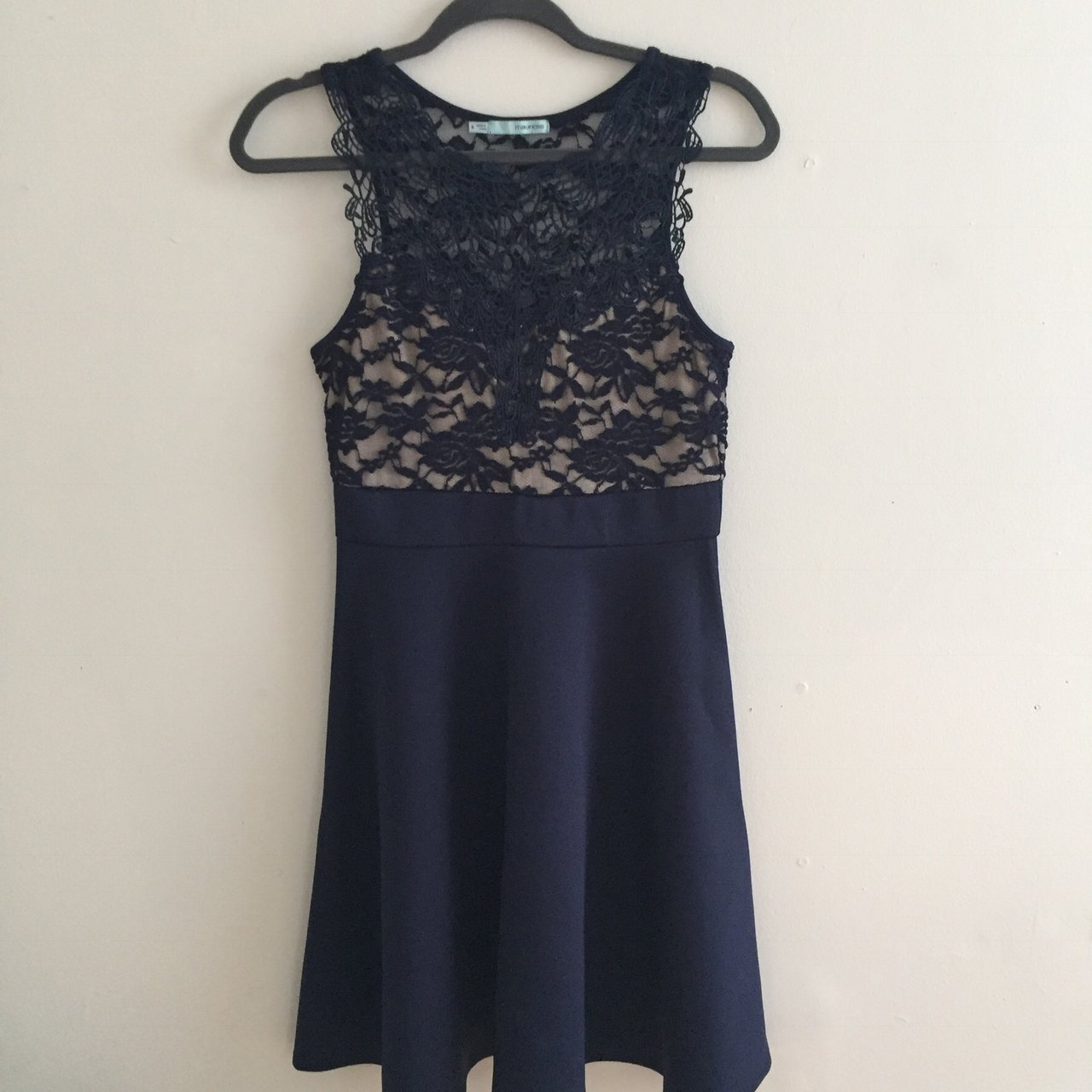 ff3fb02366f Maurice S Navy Blue And Tan Lace Dress Size S True To Depop