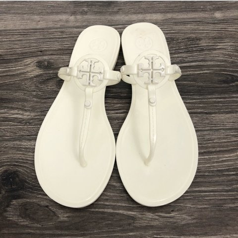 6148c50c5 Tory Burch Ivory Mini Miller Thong Jelly Sandals Size 9 new - Depop