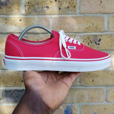 67f47e53b3b0c3 VANS AUTHENTIC RED🔴 SIZE 8.5 UK BRAND NEW   COMES WITH 3 2 - Depop