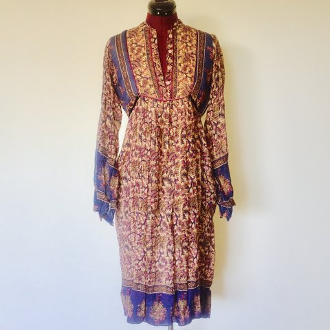 4fd8b54d5d Vintage 70s Gauze Peasant Dress Made in India by Cotton Boho - Depop