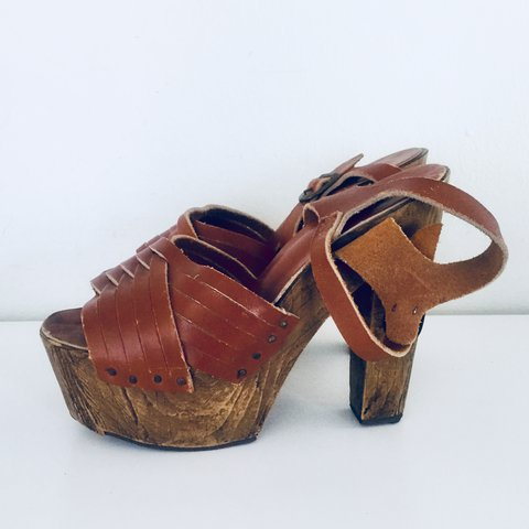 04cd36dc5 70s Platform Clogs Sandals Leather Wooden Heels Ankle Straps - Depop