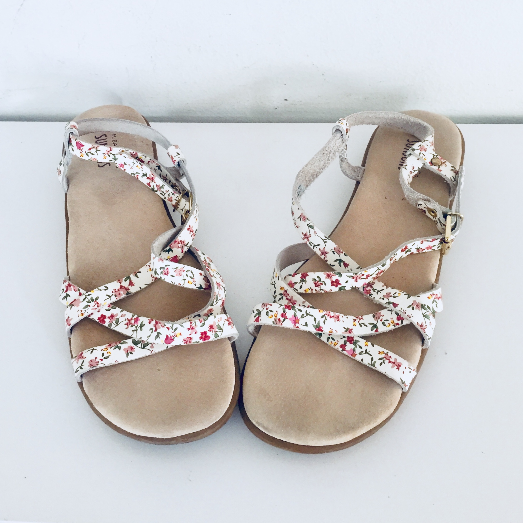 a0a79b471f6f6 White Leather Sandals Flats Ankle Straps 10 M 41 42... - Depop