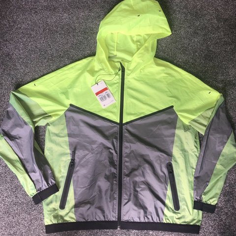 4a95a8f40807 Women s Nike Jacket. Colour  Neon Yellow