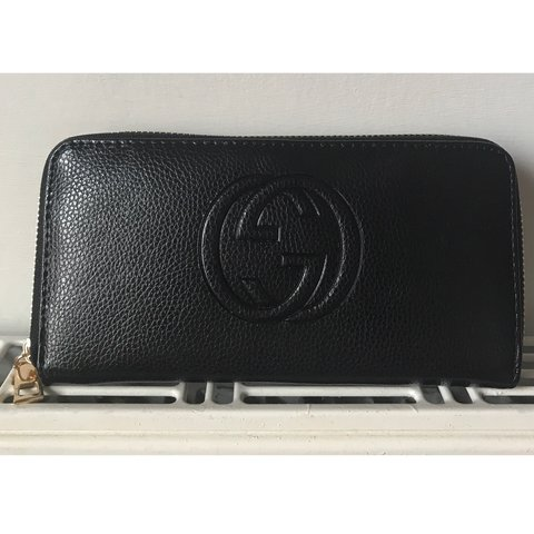 2f87a34c63f Gucci black faux leather purse Ladies bag g logo inside part - Depop