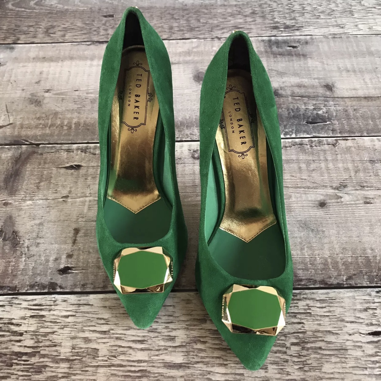 TED BAKER London . Green Roquet Suede