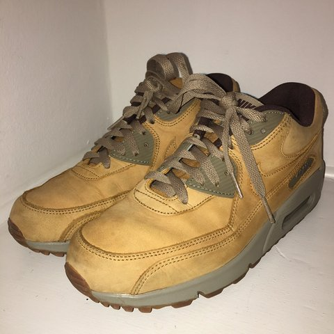 check out 87e99 6907b  maja jawor. 5 months ago. London, United Kingdom. Camel Suede NIKE Air Max  90🐪