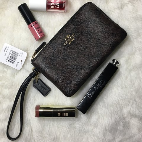 b763ef7b14d2 COACH F87591 Double Corner Zip Wristlet in Brown Black. New - Depop