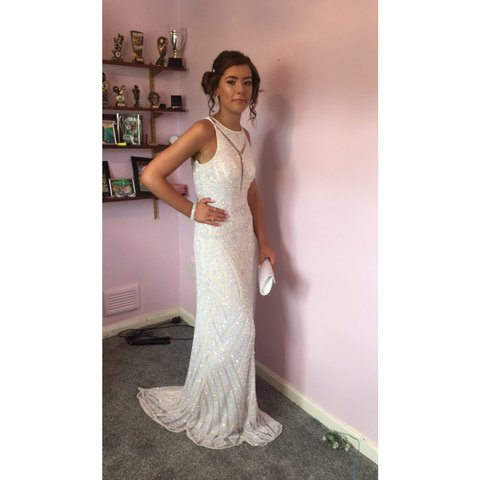 f0c6fe90b8 STUNNING prom evening gown dress!. Condition is Used. with I - Depop