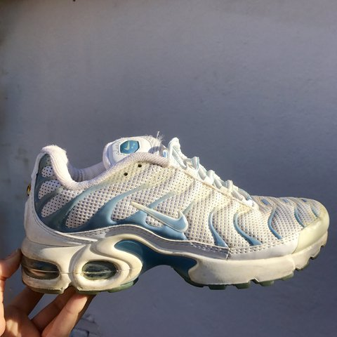 Baby blue and white Nike TN , good