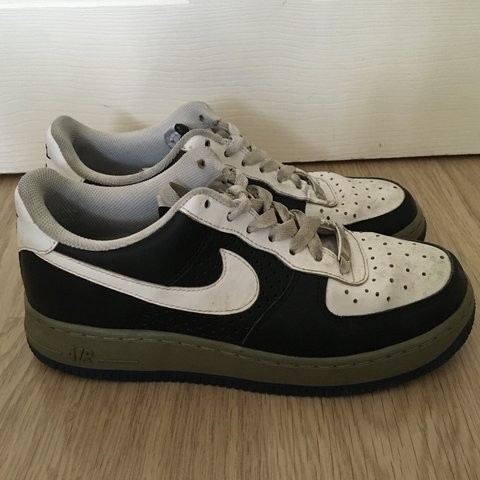 5e2585cfd79c5 Vintage Nike Air Force 1 size uk 5, the colours this shoe be - Depop