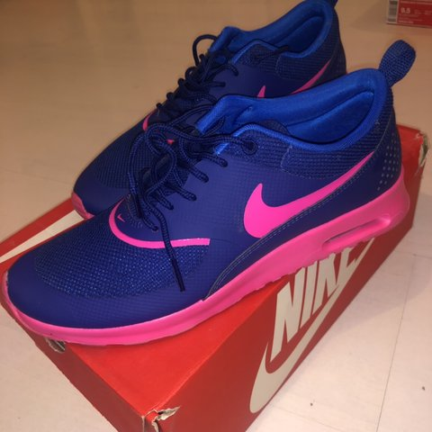 size 40 424c5 2d53a  erika alexandras. 3 months ago. London, United Kingdom. Blue and pink Nike  Air Max Thea trainers