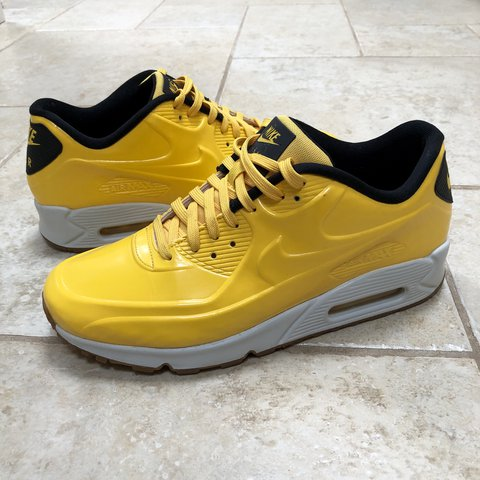 online store 5e246 0a0b2  lewh94. last year. Worcester, United Kingdom. Nike Air Max 90 VT Varsity  Maize Limited edition U.K. size 9