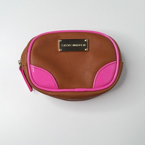 c84aed166a6 Steve madden mini cosmetic bag Free shipping So cute and - Depop