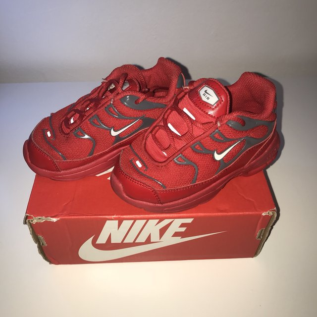 RED NIKE AIRMAX TN's Infant size 6.5