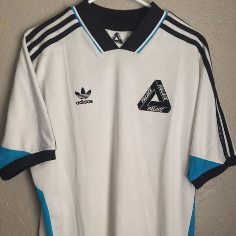 ab4d086a509 palace jersey Palace x Adidas soccer jersey in great condition no stains -  Depop