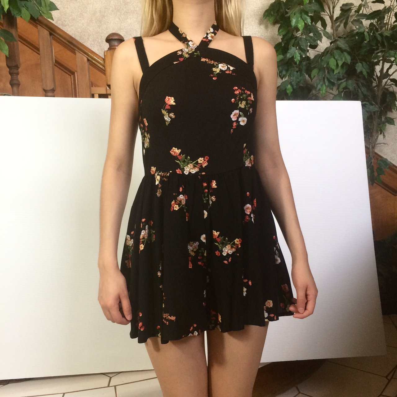 9166ce5a5245 Black floral romper from forever21 size Small