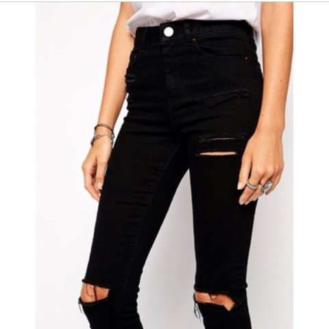 2e67e6241c7 ASOS Ridley Ripped Jeans size 8 busted knee and thigh rips - Depop