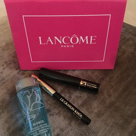 d876b323e2c @paigealexandra_3. last year. Manchester, United Kingdom. Lancome Mini  essentials kit. Hypnose mascara 2ml
