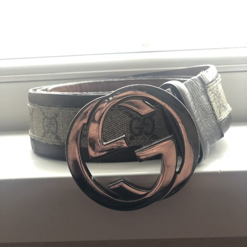 fdee53d74cc Vintage Gucci GG Beige Monogram Belt 🔥 7 10 condition
