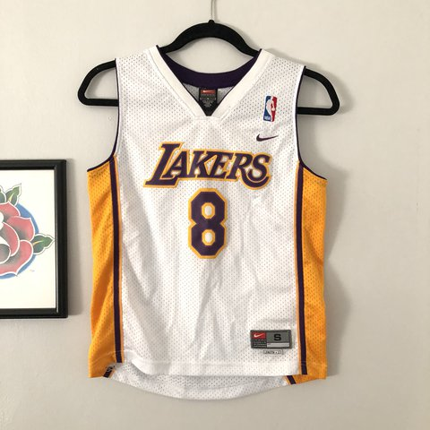8e898879a7e4 LAKERS KOBE BRYANT 90s jersey NIKE Size small for women - Depop