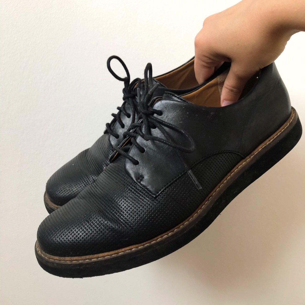 BLACK BROGUES CLARKS SIZE 4 worn but