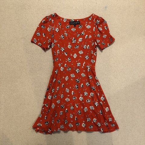 f85fe30f58b Topshop red floral tea dress. Perfect condition never worn. - Depop