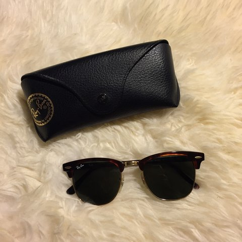 79b617f4fe Ray Ban  clubmaster sunglasses in tortoise    great used    - Depop