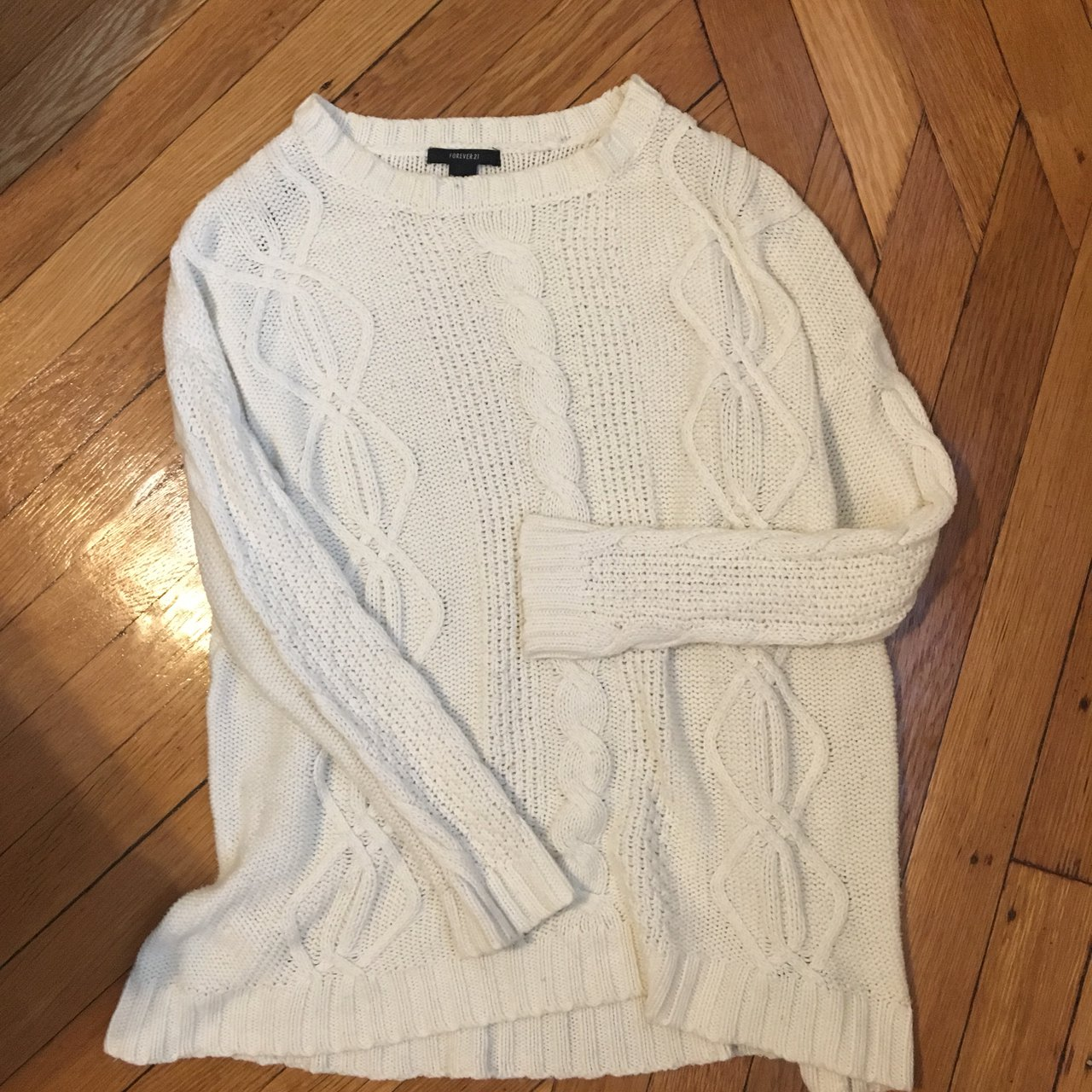 Oversized White Cable-Knit Sweater 🕊 Fits like a tunic - a - Depop 0fa06170d