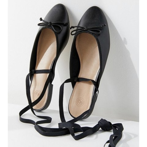 Urban Outfitters ballet flat. New Never