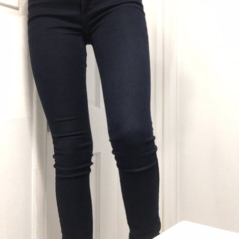 280049882db69 Dark wash Abercrombie and Fitch jeggings! Super cute, but I - Depop