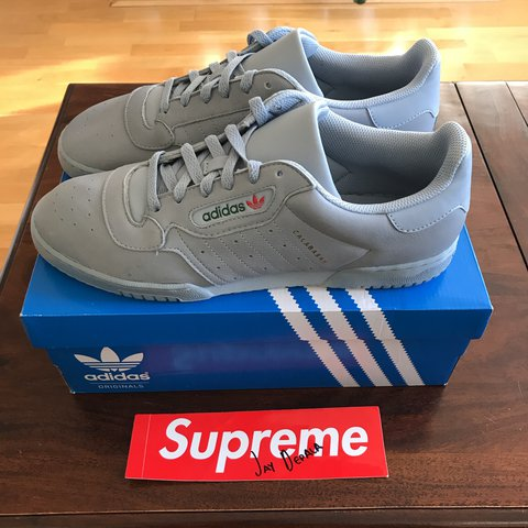 428bb058906 YEEZY POWERPHASE CALABASAS - Grey - Size UK 11.5 - Condition - Depop